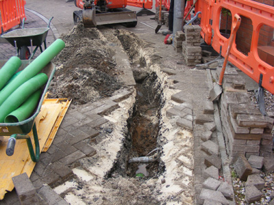 fibre cable trenching, fibre optic cable trench